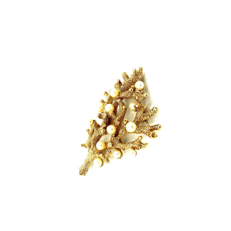 update alt-text with template Gold Coral Crown Trifari Pearl Vintage Brooch-Brooches & Pins-Trifari-[trending designer jewelry]-[trifari jewelry]-[Sustainable Fashion]
