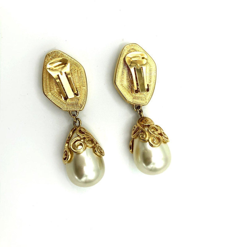 update alt-text with template Kenneth Jay Lane Statement Pearl Dangle Vintage Earrings-Earrings-Kenneth Jay Lane-[trending designer jewelry]-[kenneth jay lane KJL jewelry]-[Sustainable Fashion]