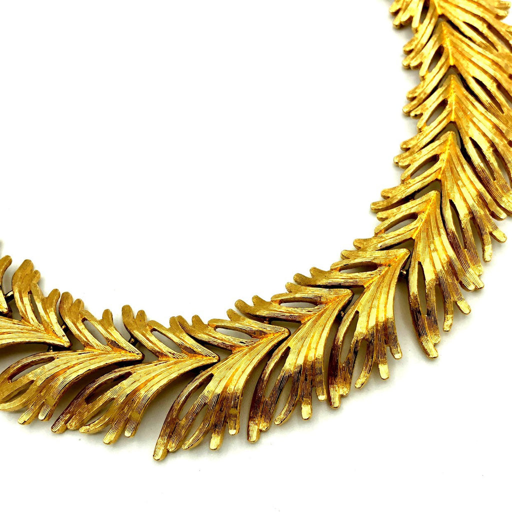 update alt-text with template Classic Monet Gold Textured Leaf Vintage Necklace-Necklaces & Pendants-Monet-[trending designer jewelry]-[monet jewelry]-[Sustainable Fashion]