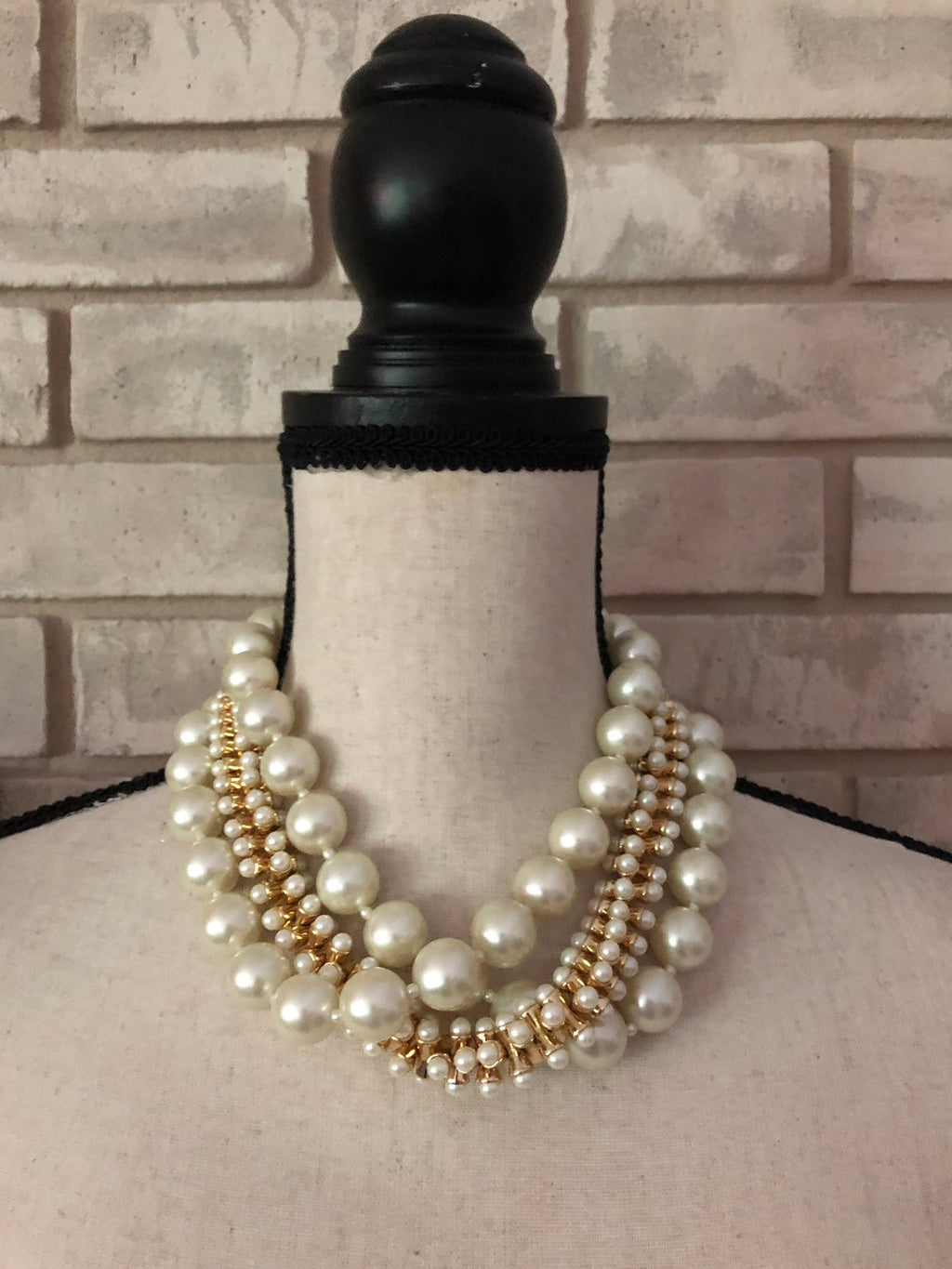 Kenneth Jay Lane Chunky Layered Pearl Cluster Necklace-Sustainable Fashion with Vintage Style-Trending Designer Fashion-24 Wishes
