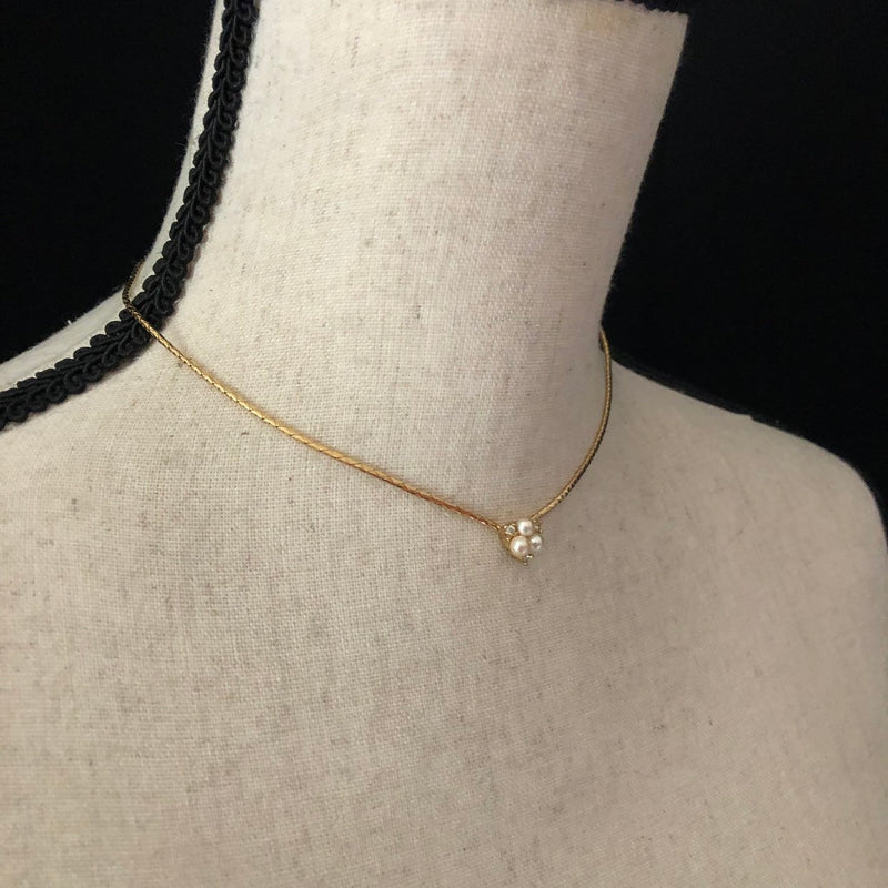 update alt-text with template Christian Dior Pearl & Rhinestone Feminine Vintage Pendant-Necklaces & Pendants-Christian Dior-[trending designer jewelry]-[christian dior jewelry]-[Sustainable Fashion]