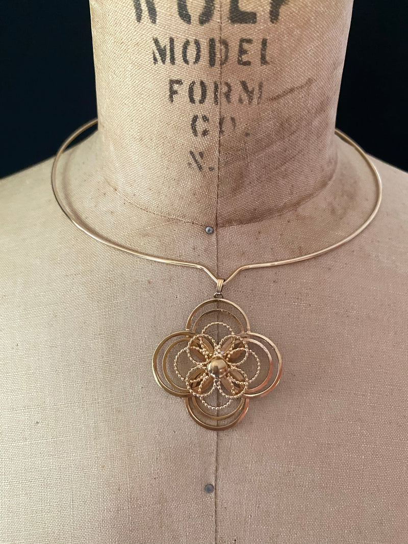 Gold Filled Vintage Floral Pendant Wire Necklace
