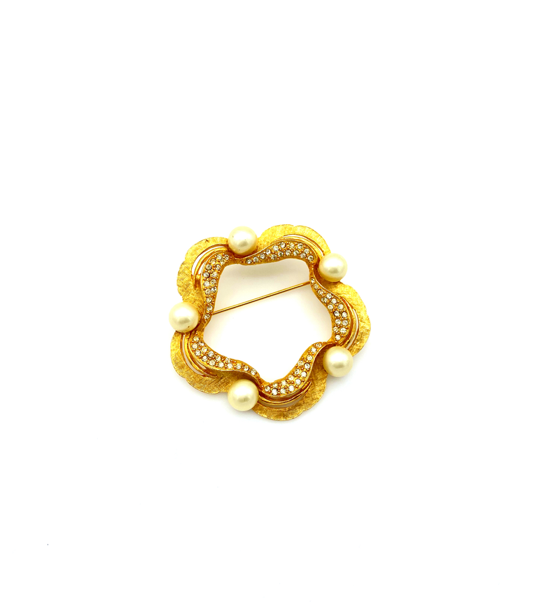 Classic Gold Rhinestone & Pearl Wreath Brooch by Karu Arke