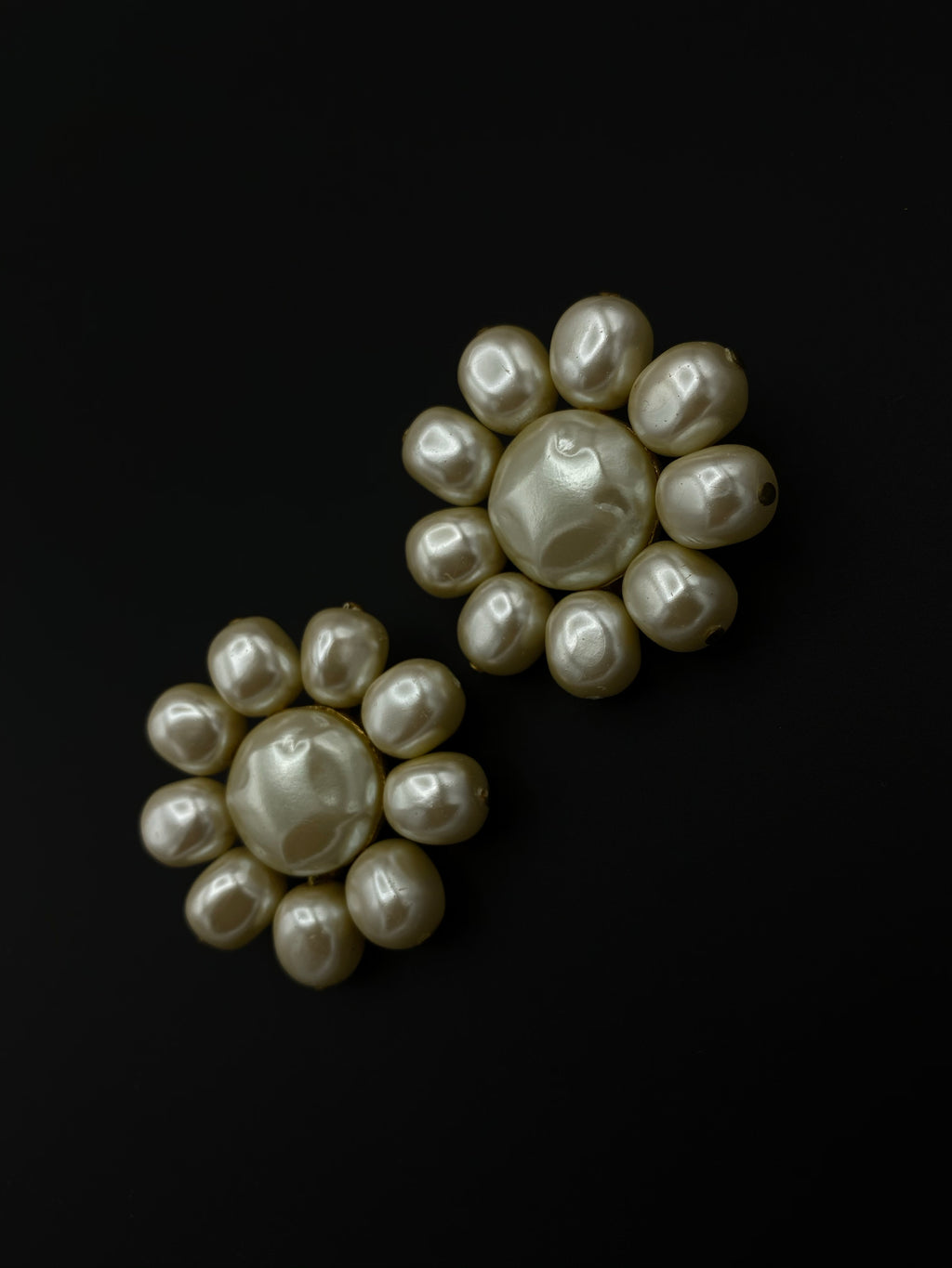 Guy Boyer Vintage White Pearl Flower Classic Earrings