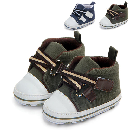 Hiking Boots - mommythingz