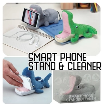 Phone Stand & Cleaner - Whale