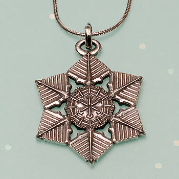 "2009 ""Snowflake"" Bentley Necklace"