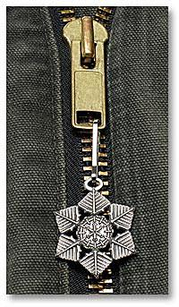 "2009 ""Snowflake"" Bentley Zipper Pull"