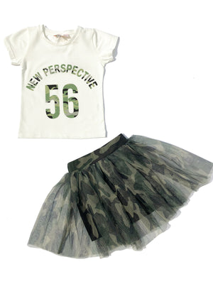 Letter Printed Cotton T-shirt + Camouflage Tulle Gauze Skirt
