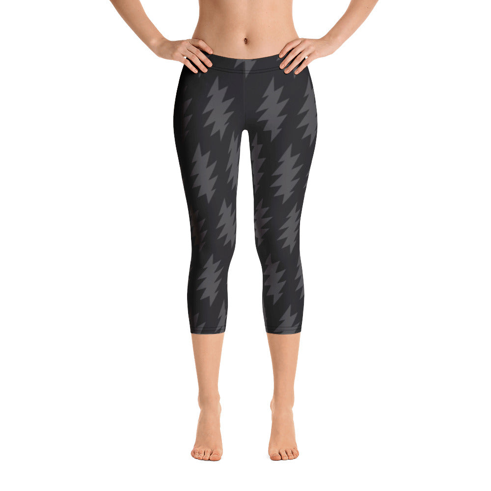 Lazy Lightning Capri Leggings, Black & Grey