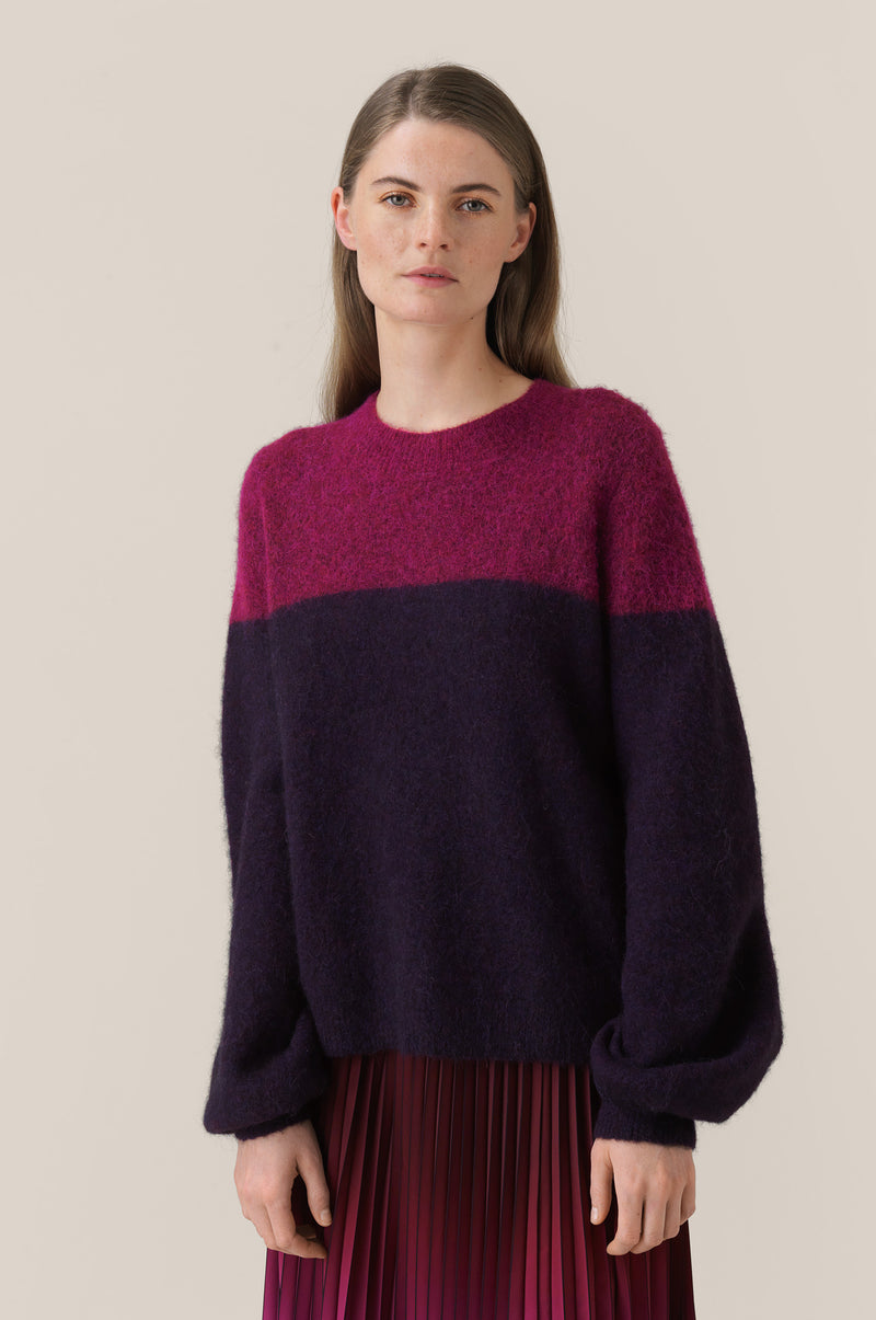 Maville Knit Two Colored O-Neck