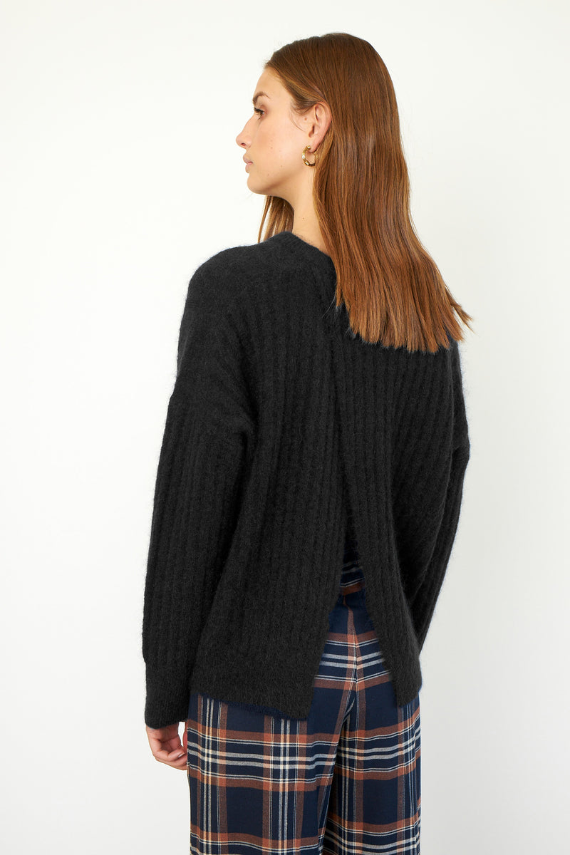 Brooky Knit Open Back O-Neck