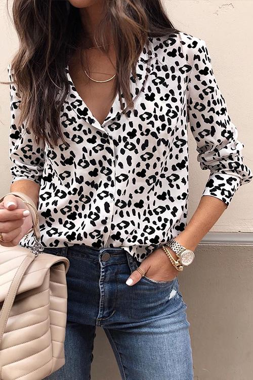 674c08440834 Trendy Casual Leopard Printed Blouses