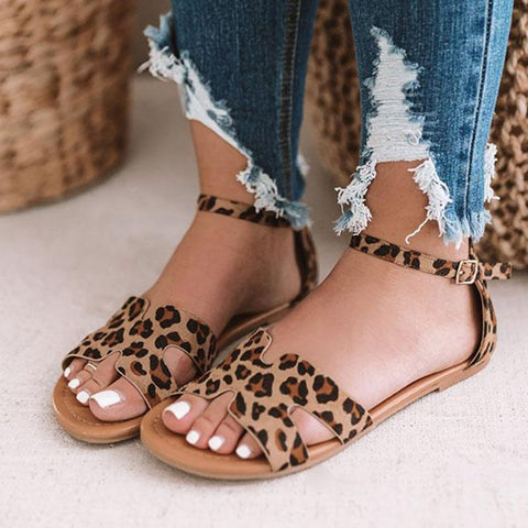 products/1902288791000-2019031309572700-76ff2d02the-oakley-sandal-in-leopard_1024x1024-jpg-1552981957432_408f850d-5886-4306-b43c-16b5331ca43b.jpg