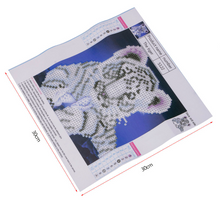 Diamond Painting kit DIY Animal Tiger . Blue Mosaic  Embroidery Drill rhinestone painting .Cross Stitch Crystal Needlework.