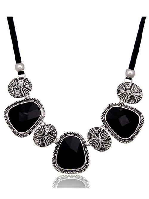 LaceShe Women's Vintage Choker Chic Necklace