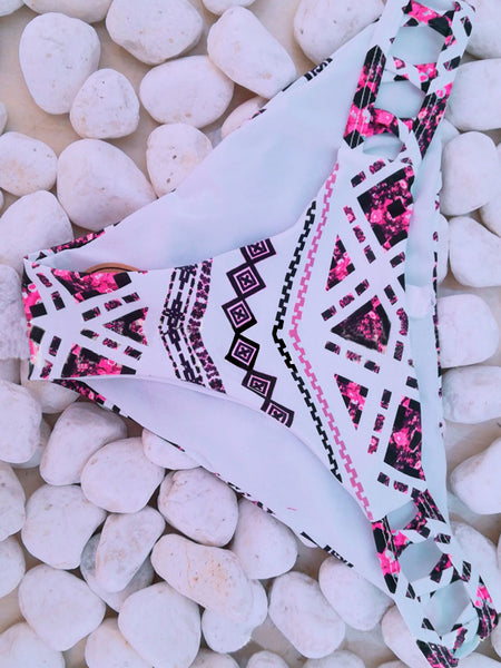 LaceShe Geometrical Pattern Cutout Bikini Set