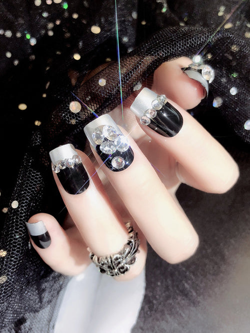 Laceshe 24Pcs/Set Rhinestone Black and Sliver Fake Nails