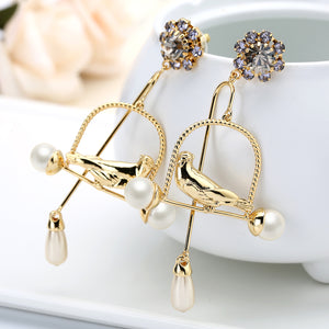 Magnificent Birdcage Dangle Earrings Crystal Decorated Earring Studs Pearl Ends