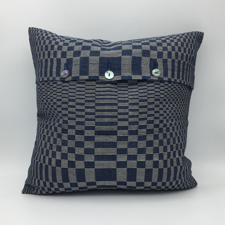Binacol accent pillow