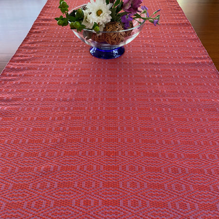 Magdalena table runner