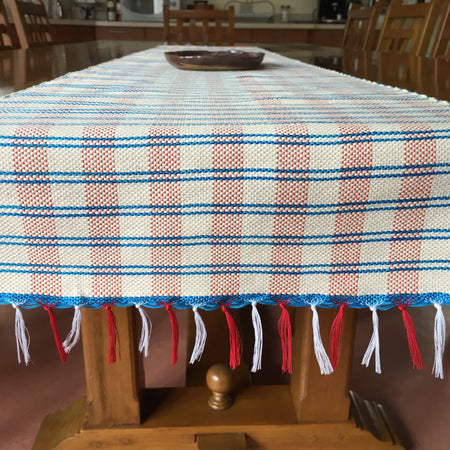Wasig table runner