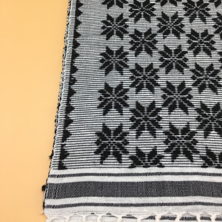 Bituen Vigan table runner