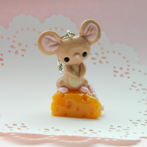 Field Mouse Doll charm
