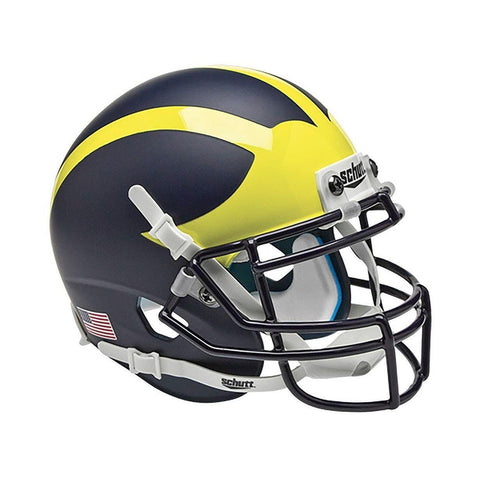 products/michigan_wolverines_wing2_7050_ae2948fc-a25a-485f-87cd-b68ddb9b078b.jpg