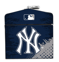 Load image into Gallery viewer, 79-020 New York Yankees Tool Box