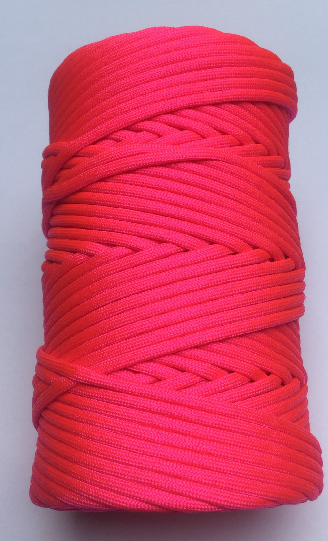 NEON PINK AMERICAN 550 PARACORD 300 FEET ROLL