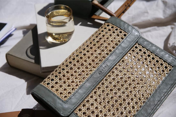 FLORENCE Messenger Clutch