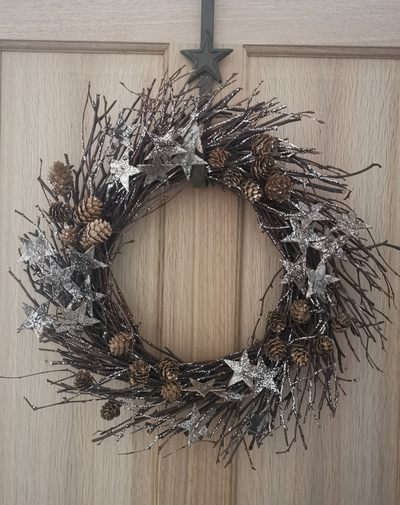 Golden Twig Christmas Wreath - TBI