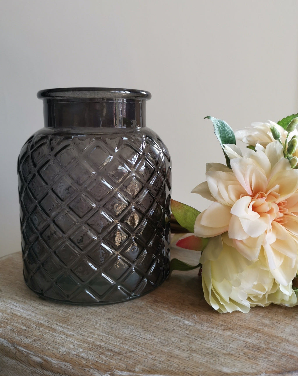 Glass Lattice Vase - TBI