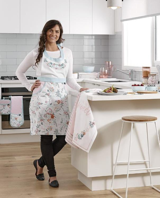 Elsie Pink Kitchen Accessories | TBI