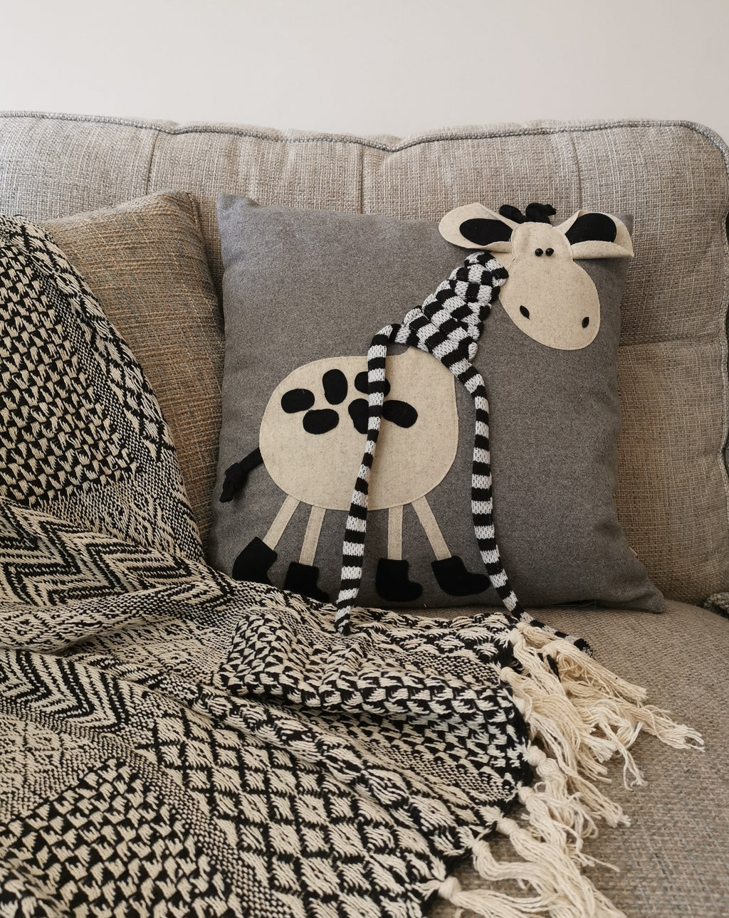 Fun Kids Giraffe Cushion - TBI