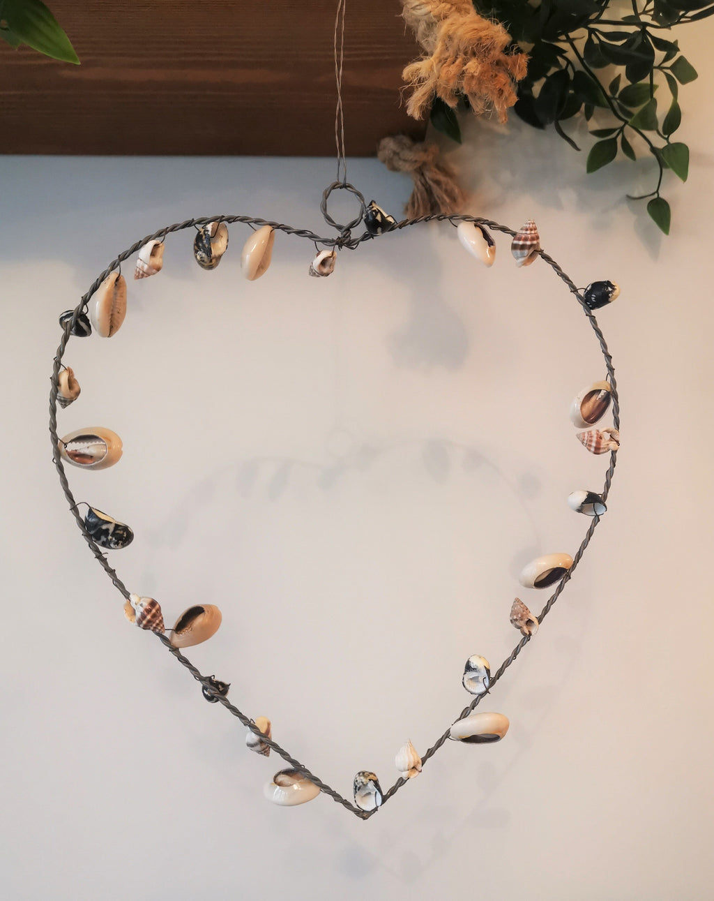 Hanging Seashell Heart - The Burrow Interiors