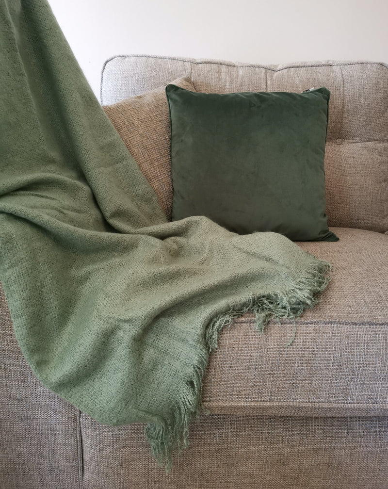 Super soft Eucalyptus Green Throw - TBI