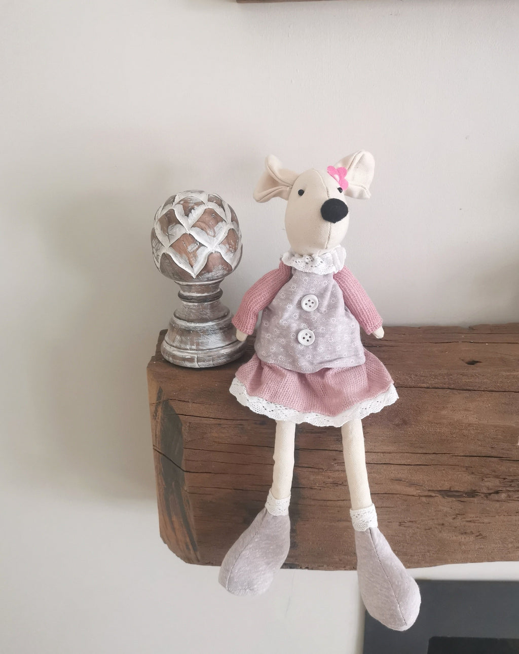 Mia the girl Easter mouse - The Burrow Interiors