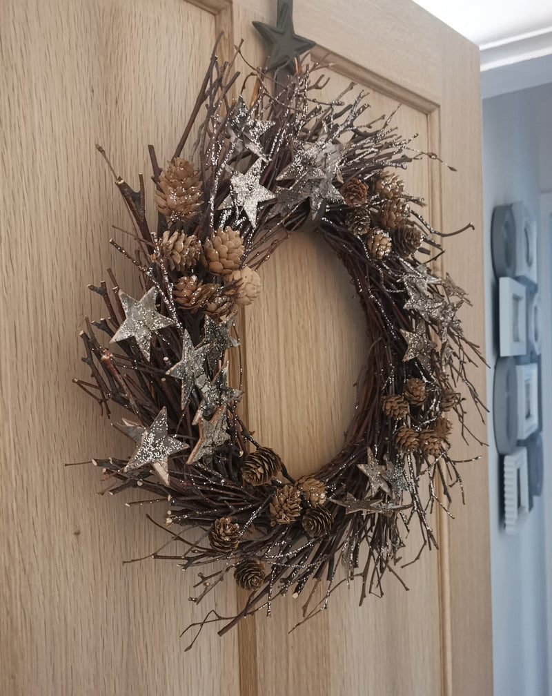 Twig Glittery Star Wreath - TBI