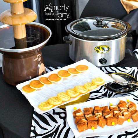 chocolate-fountain-maple-syrup-waffle-bar-tailgate