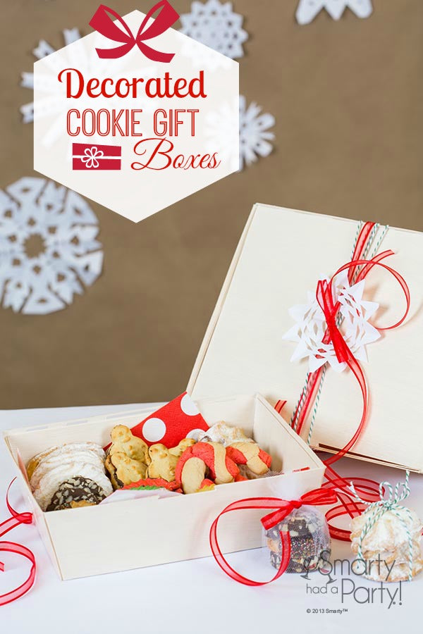 An assortment of cookies makes for a perfect holiday gift. Check out these great gift boxes from Smartyhadaparty.com