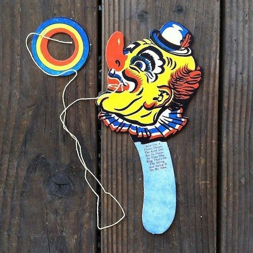 HAPPY CLOWN Cardboard Toy Ring Toss 1950s
