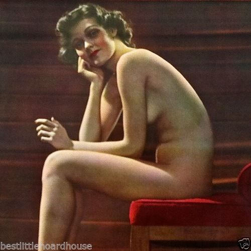 PERTLY POSED Nude Pinup Art Print 1947