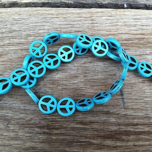 HIPPIE PEACE Howlite Blue Turquoise Beads 1970s