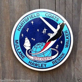 NASA SPACE SHUTTLE Discovery Pinback Pin 1984