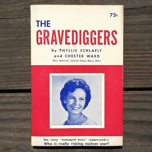 THE GRAVEDIGGERS War Book 1964