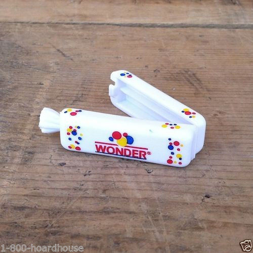 WONDER BREAD Mini Loaf Plastic Clip 1990s