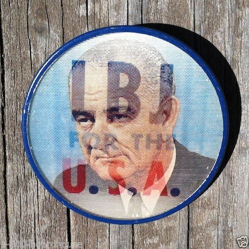 LBJ for the USA Flasher Pinback Pin 1960s