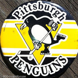 PITTSBURGH PENGUINS Hockey Pinback Pin 1980s